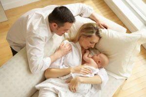 nou-nascut-parinti